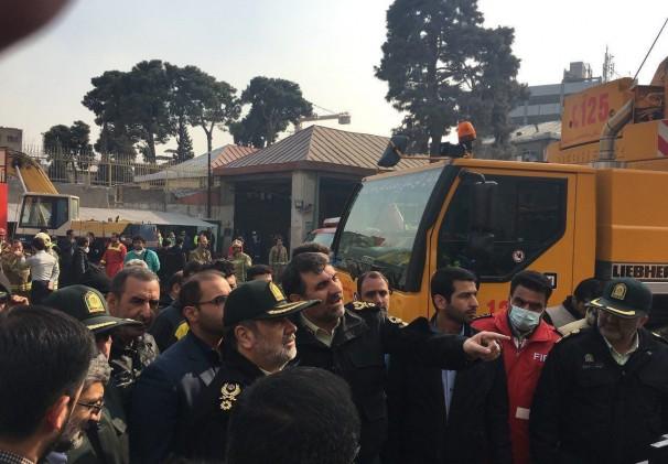 فرمانده نیروی انتظامی ؛ مردم اخبار را از صدا و سیما دریافت کنند