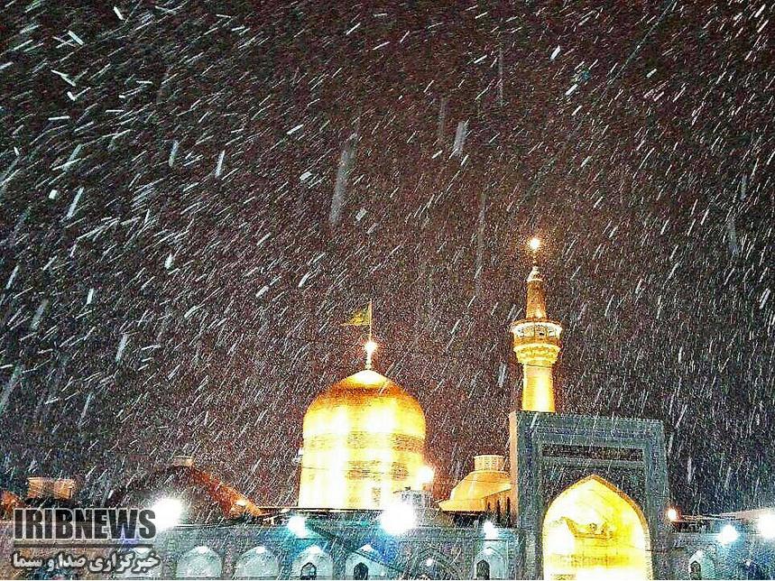 تصاویر بارش شدید برف در مشهد در ساعات آخر شب گذشته