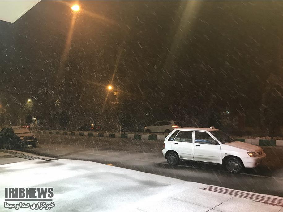 تصاویر بارش برف در مشهد