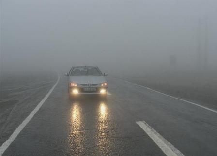 مه گرفتگی و محدودیت دید در جاده های خراسان رضوی
