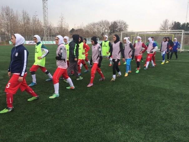 همگروه های بانوان فوتبالیست مشخص شدند