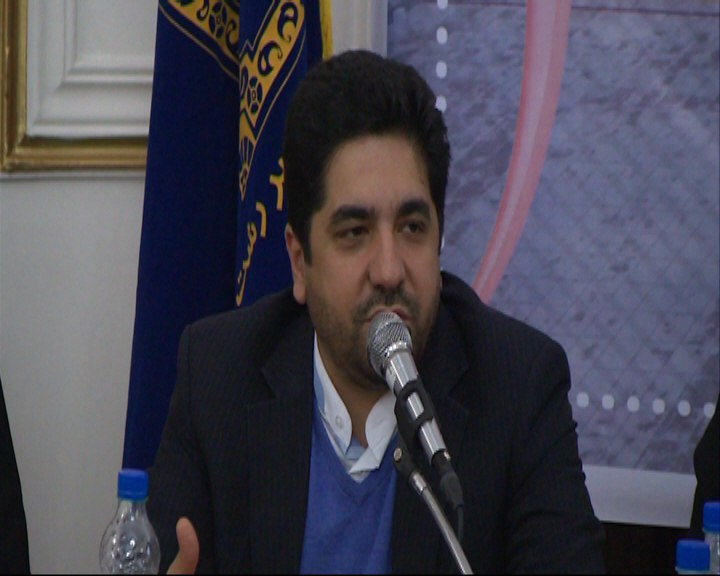 استخدام سنگ دوز ابقای شهردار رشت   سید محمد علی ثابت قدم در نشست شورای اسلامی