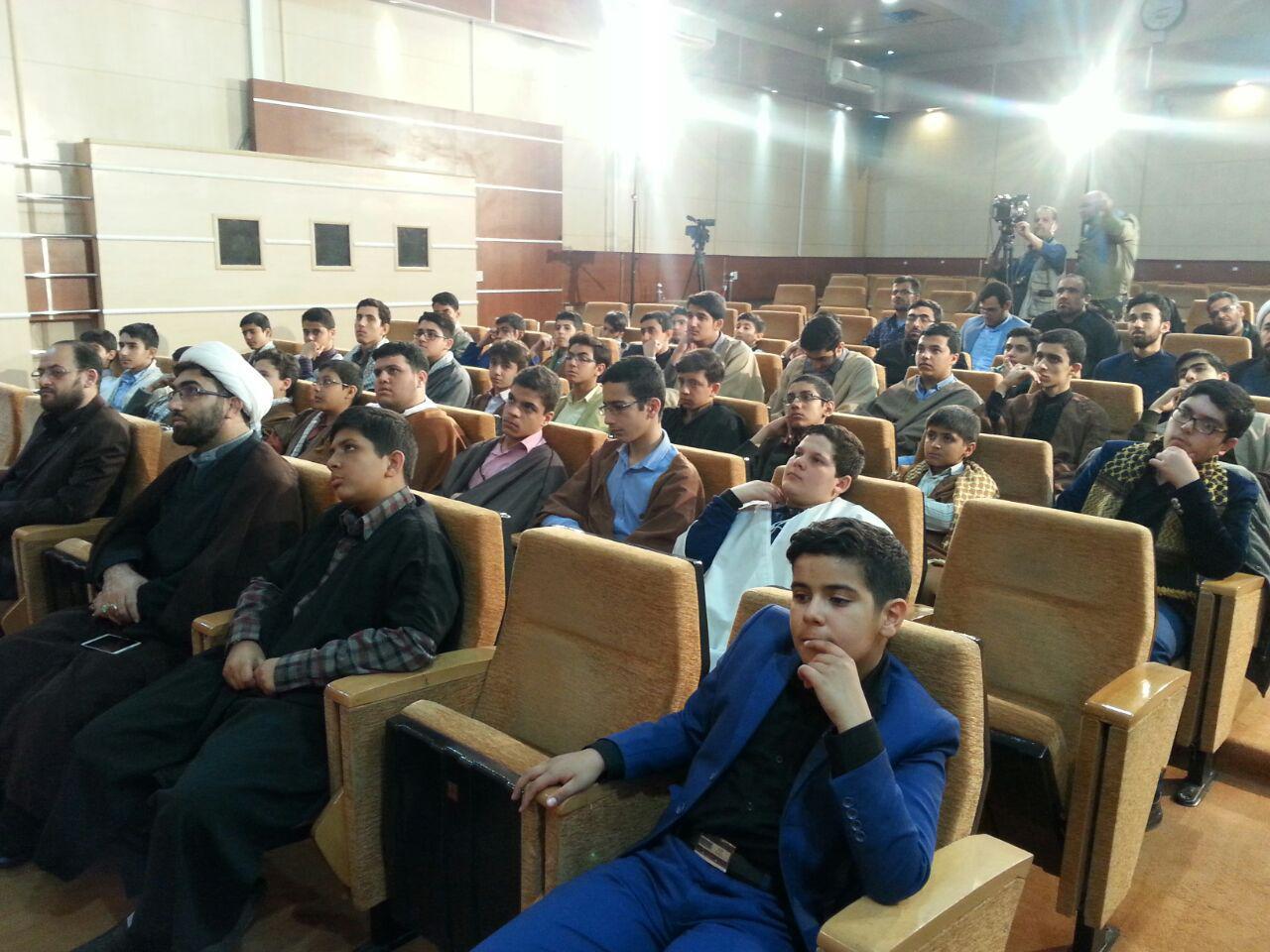آغازششمین دوره آموزشی تربیتی قاریان ممتاز نوجوان کشور در مشهد