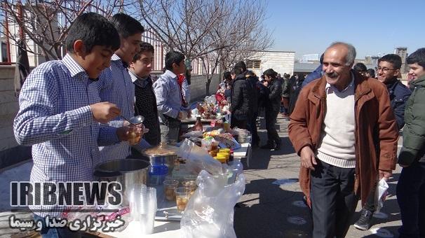 بازارچه کار و فناوری دانش آموزان زنجانی