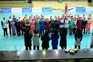 آماده انتشار////      اردوی تیم ملی والیبال بانوان در قاره سبز