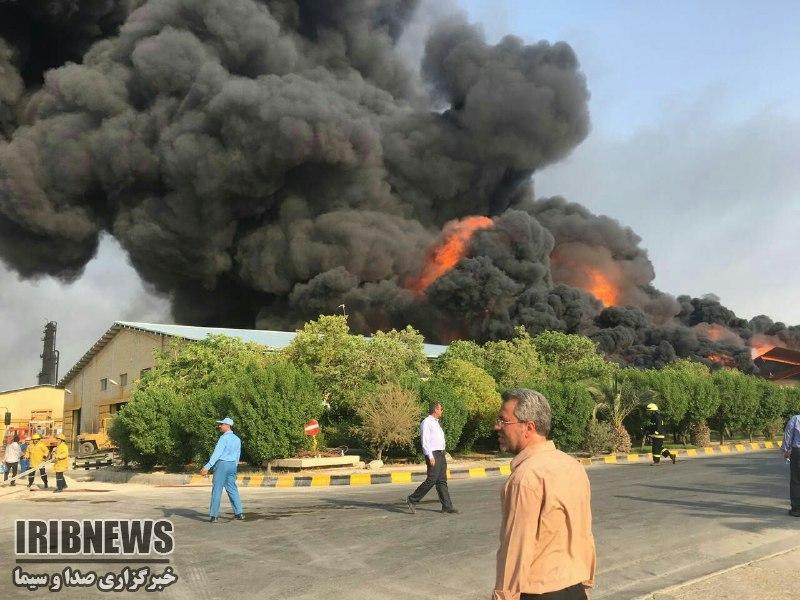 آتش خط لوله گاز گناوه خاموش شد آتش سوزی در پتروشیمی بندر امام آغاز شد! / رکورد حوادث صنعت نفت توسط دولت روحانی شکسته شد