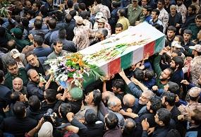 تشییع و خاک سپاری  شهدای مدافع حرم در شیراز