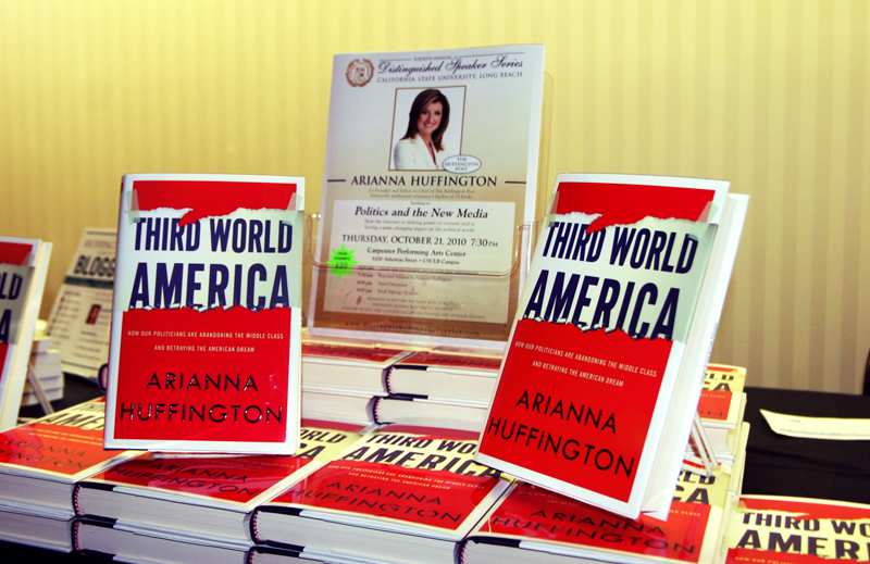معرفی کتاب آمریکای جهان سوم
