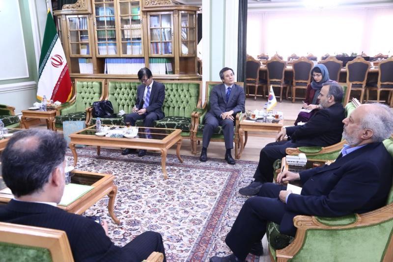 تقویت روابط تجاری خراسان رضوی با ایالت سین کیانگ