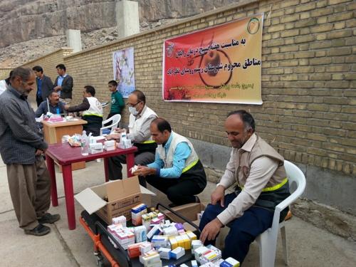 درمان رایگان بیماران در روستای نظرآباد رستم