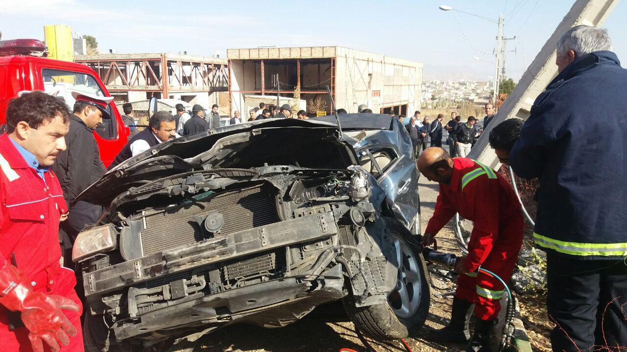 برخورد سوناتا با تیربرق و مرگ راننده جوان در تربت حیدریه