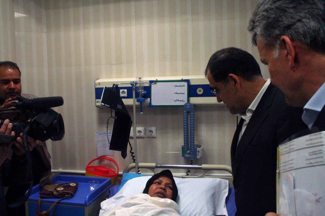 بازدید سرزده وزیر بهداشت از بیمارستان بجستان