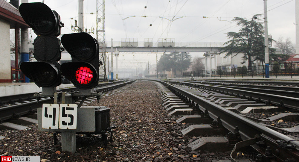 تاپایان فصل بهار سوت قطار در کرمانشاه به گوش میرسد