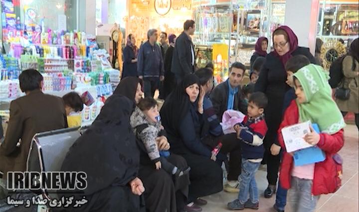 حضور مسافران گرمابخش بازارهای مهاباد+گزارش