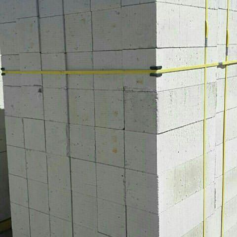 توليد بلوک هاي سبک ساختماني در یزد +فیلم