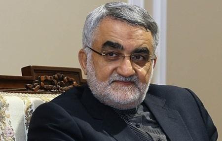 بروجردي: گزارش آتشسوزي نفتکش ايراني به صحن مجلس ارائه ميشود