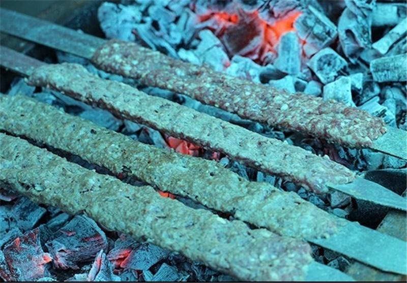 مدیرکل تعزیرات حکومتی استان خبر داد: برخورد با تهیه غذای آماده متخلف در کرمانشاه