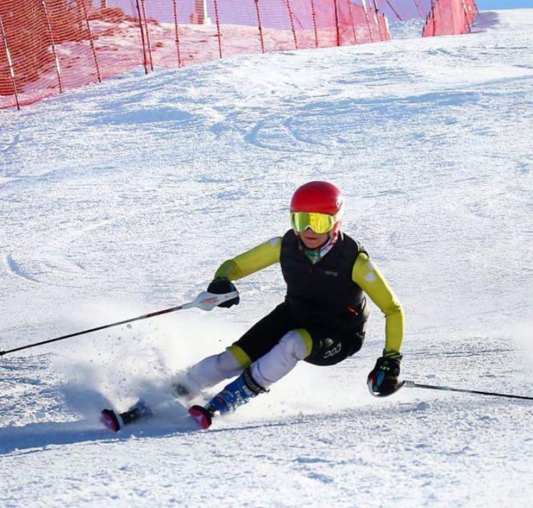 نایبقهرمانی اسکیباز فارس در لیگ بینالمللی آلپاین