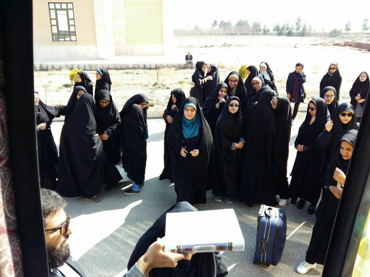 اعزام دانشجویان دانشگاه پیام نور خراسان جنوبی به مناطق جنوب