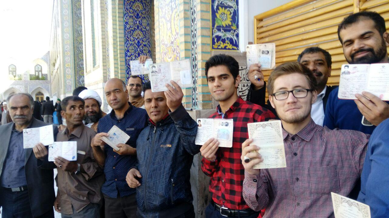 حضور با شکوه مردم خراسان رضوی در انتخابات