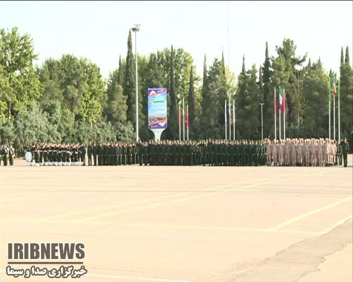 صبحگاه نیروهای مسلح در شیراز