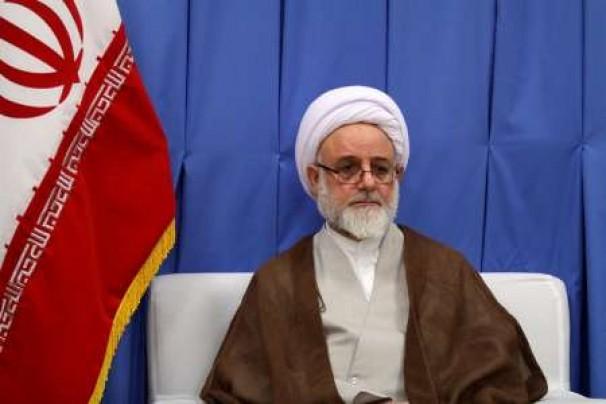 ضرورت تبیین ابعاد شخصیتی حضرت  امام خمینی (ره) + فیلم