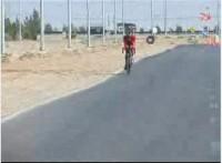 مدال طلای مسابقات جهانی پیوند اعضا برگردن رکابزن یزدی