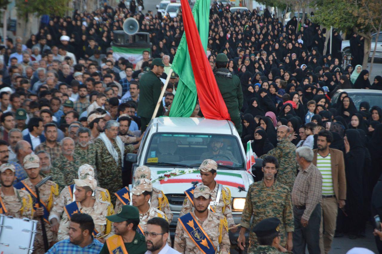 تشییع و تدفین 3 شهید گمنام دفاع مقدس در مه ولات و مشهد