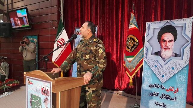 همایش تجلیل از کارکان ممتاز نیروی زمینی ارتش در مشهد