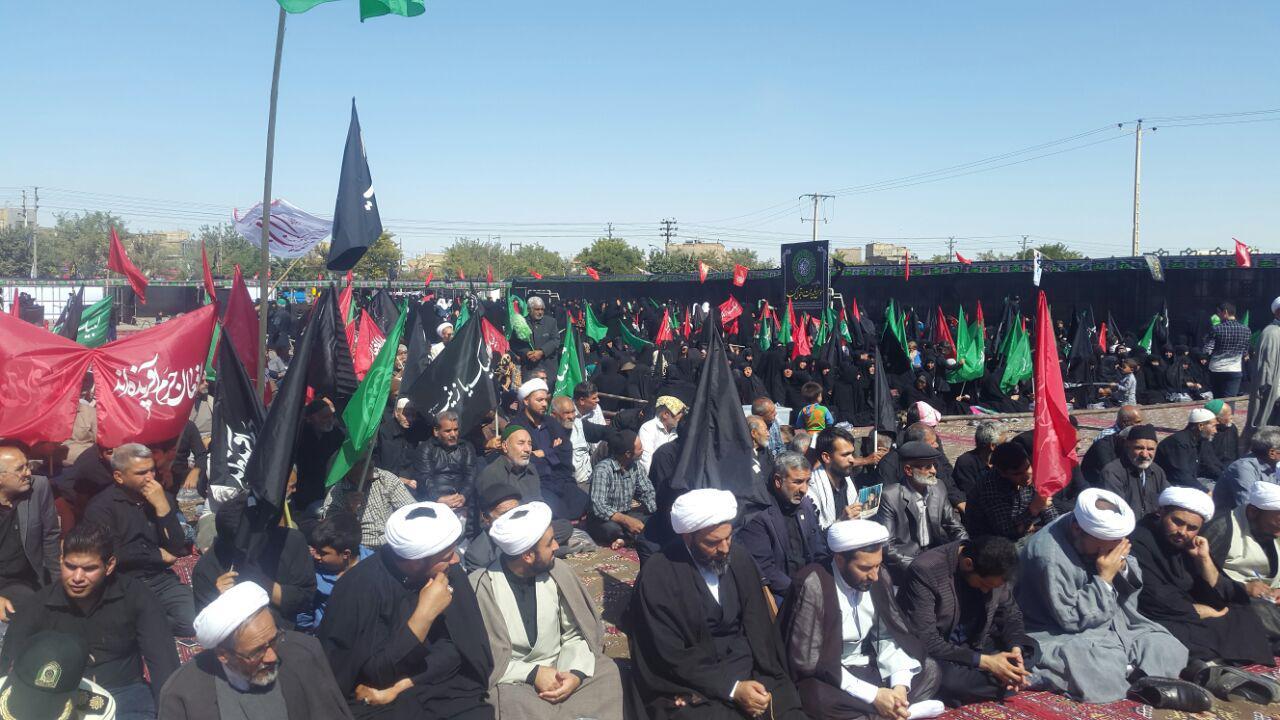 اجتماع بزرگ لبیک یا حسین (ع) درمنطقه حاشیه ای مشهد