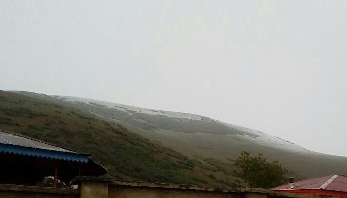 بارش اولین برف پاییزی در گیلان+عکس