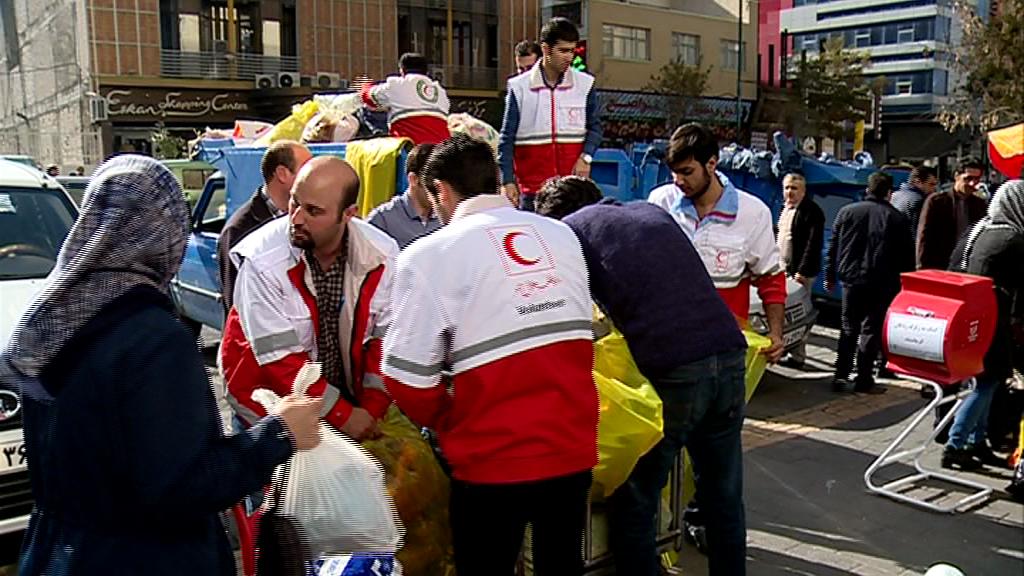 ارسال نخستین محموله کمکهای مردم آذربایجانشرقی به زلزلهزدگان