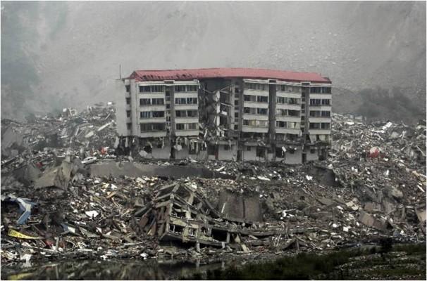آغاز بازسازی واحدهای زلزله زده از هفته آینده