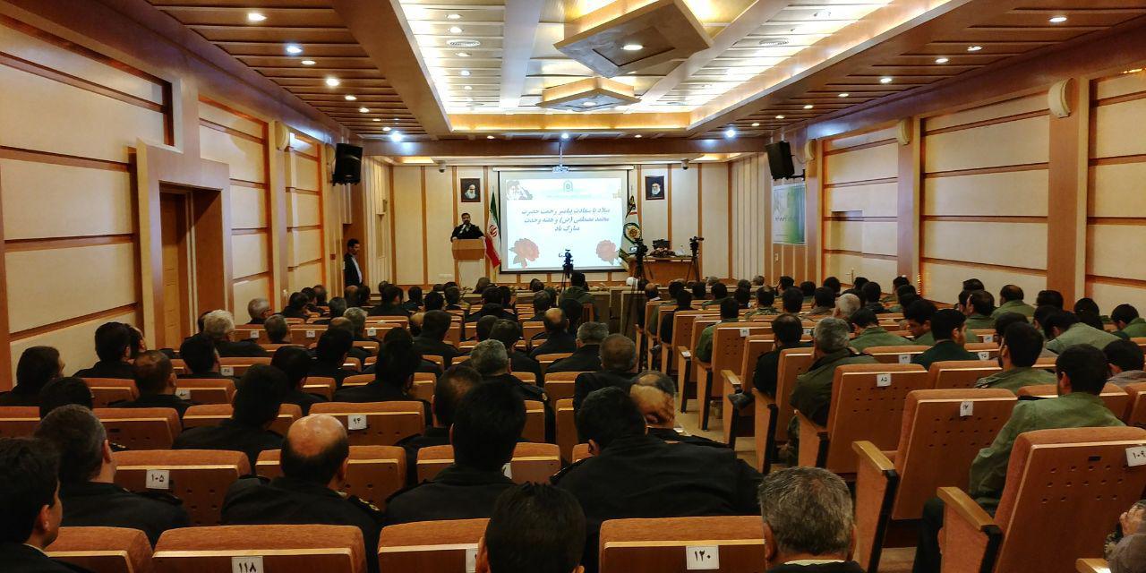فرهنگ بسیجی ،عامل توسعه خدمت برای برقراری نظم و امنیت در جامعه
