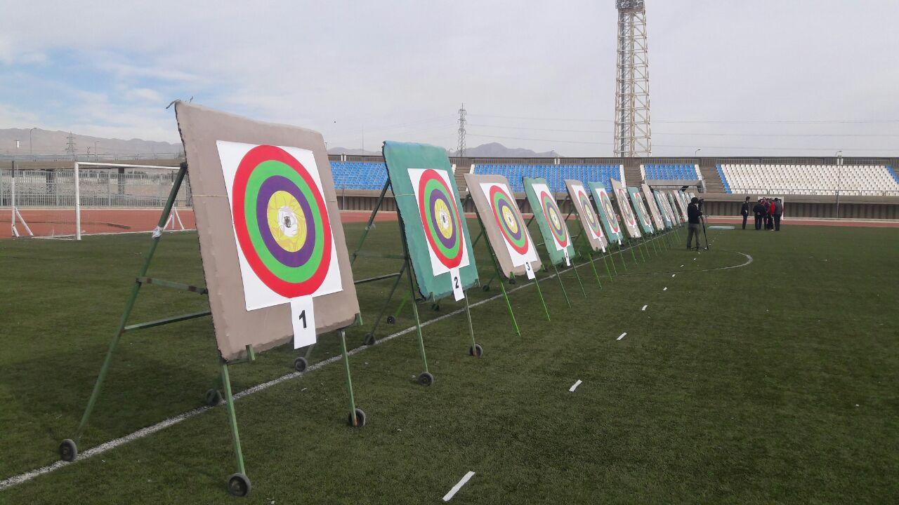 مسابقات تیر و کمان سنتی کشور در سمنان + عکس