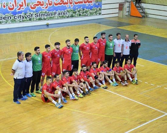 پیروزی هندبالیستهای کازرون برابر نماینده اصفهان