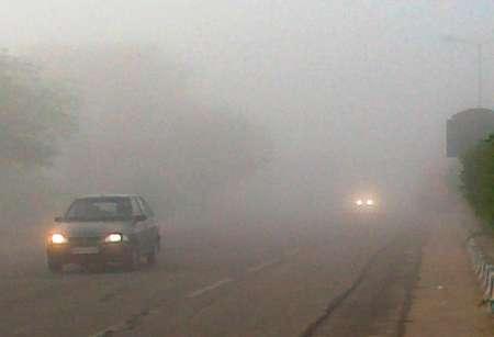 مه گرفتگی شدید در ۲ محور فارس