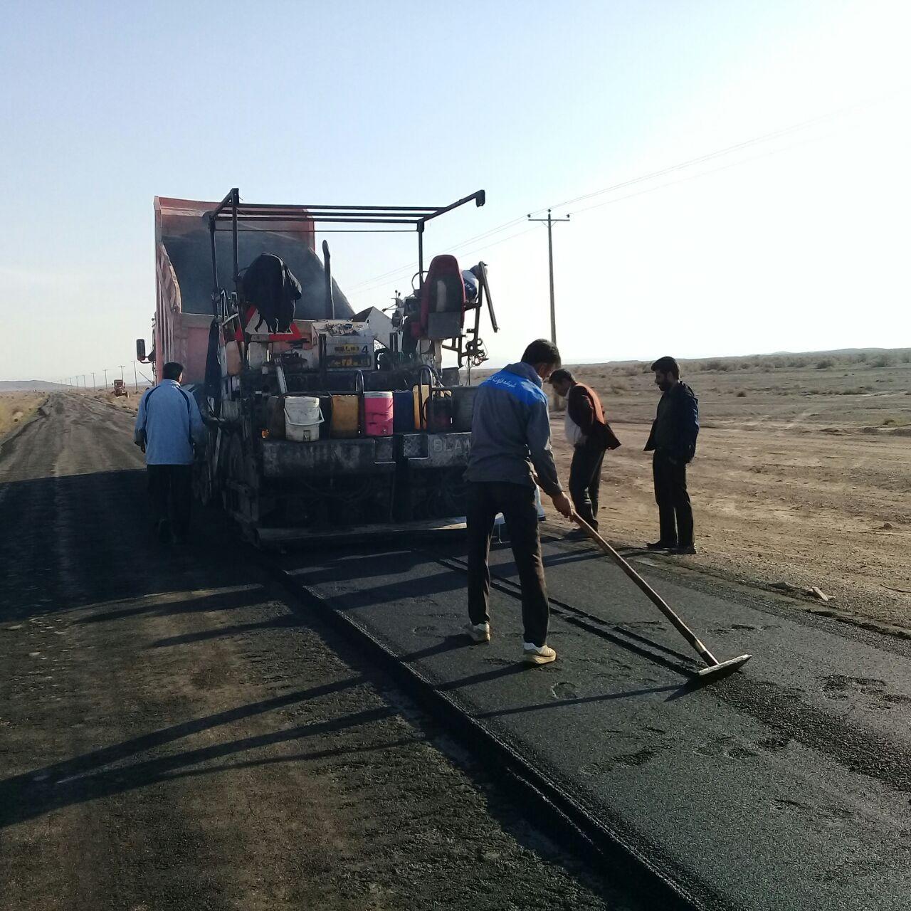 اجرای روکش آسفالت محور سنگان به نیاز آباد خواف