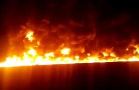 آتش گرفتن ۶ فروند قایق حامل سوخت در خور بندزرک