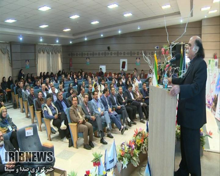 نتیجه تصویری برای همایش ملی زبان، ادبیات و فرهنگ بختیاری برگزار شد