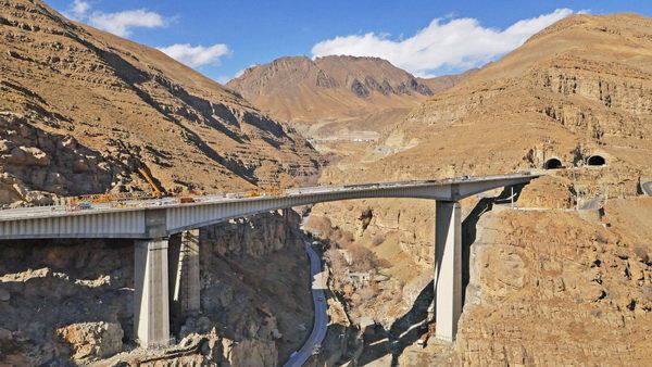 قطعه یک آزادراه تهران شمال بزودی به بهرهبرداری می رسد