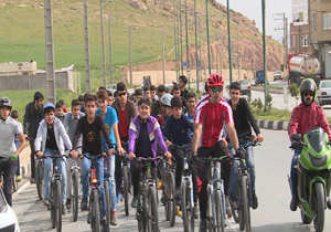 پنجشنبه بدون خودرو؛ برگزاری همایش دوچرخهسواری در مهاباد
