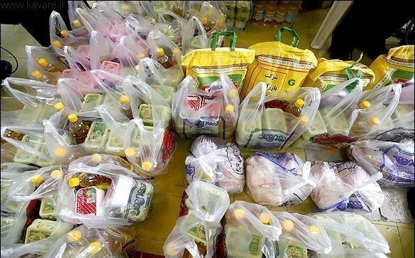توزیع 250 سبد غذایی بین نیازمندان بخش رخ