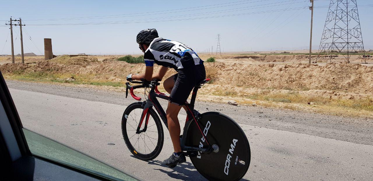 مشهد معرفی افراد برتر مسابقات دوچرخهسواری تایمتریل کشور
