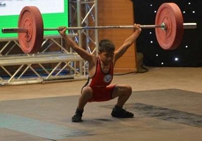 پایان رقابت وزنهبرداران نونهال و نوجوان گیلان