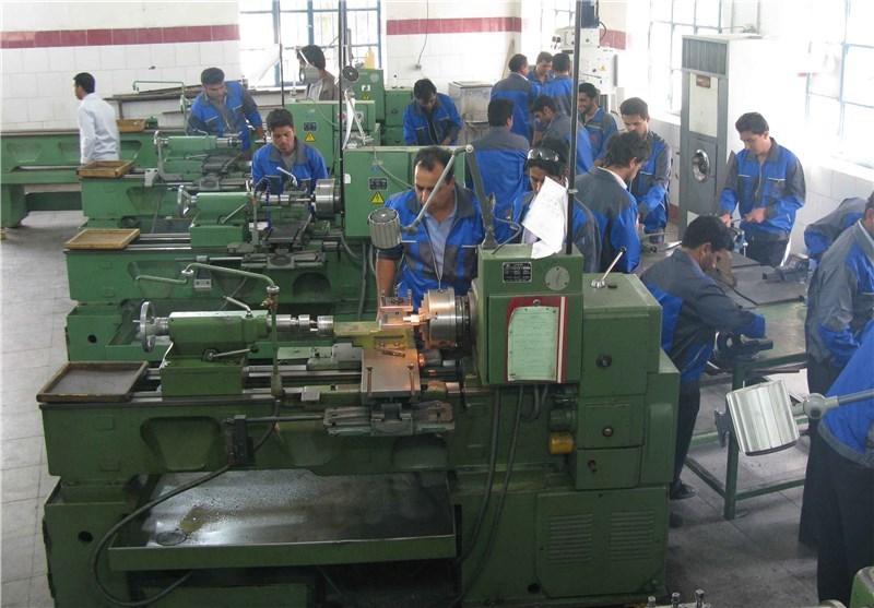 مدیرکل فنی و حرفهای استان اعزام 10 نخبه استان به مسابقات ملی مهارت