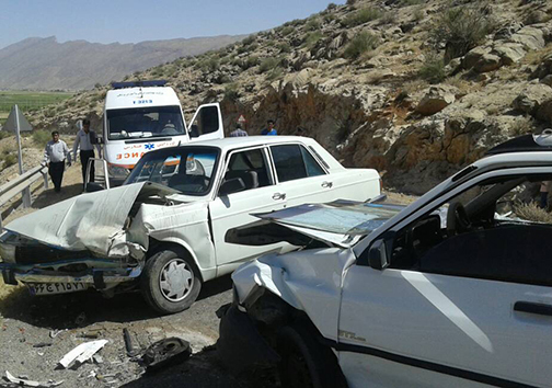 ۳مصدوم سانحه رانندگی راهی بیمارستان شدند