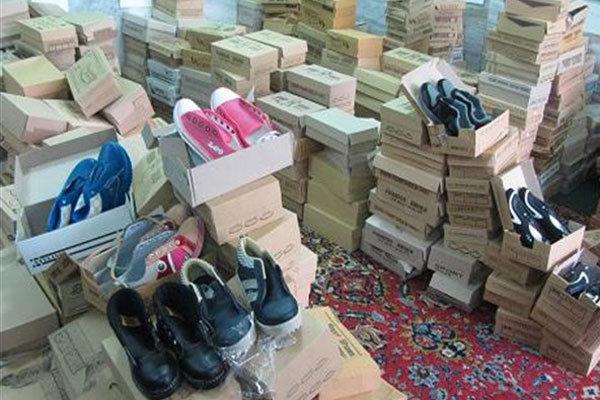 توزیع بیش از ۲ هزار جفت کفش در دیشموک