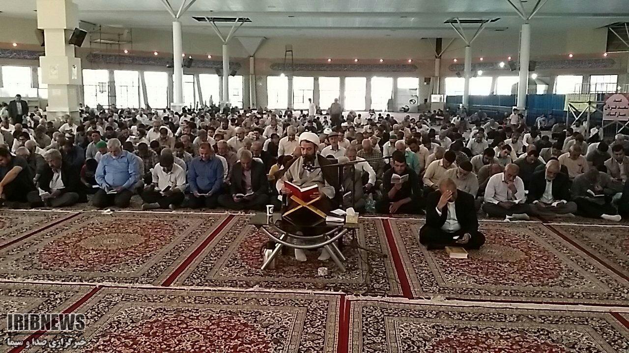 زمزمه دلنشین دعای عرفه در خراسان شمالی