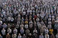 شکوه بندگی در صفوف نماز عید قربان